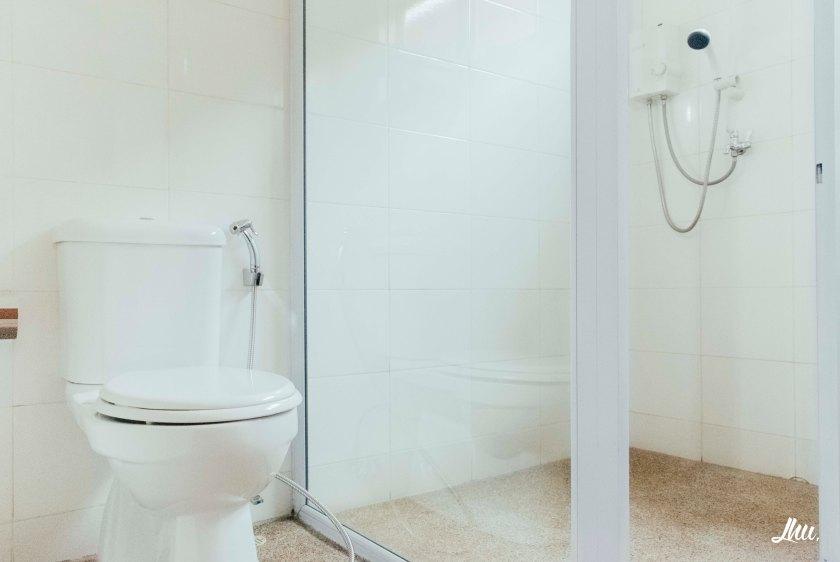 Punggol Ranch Resort Wagon Bathroom