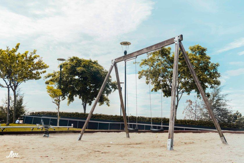 Punggol Sandbox Swing